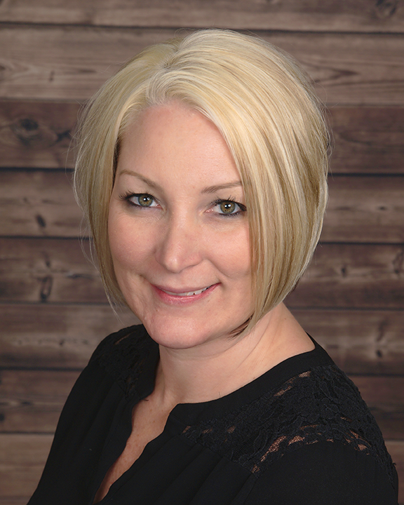 Kristin Levering Headshot APR 2018